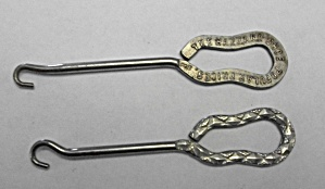 2 VINTAGE BUTTON HOOKS 1 - ADV. THE HAZZARD SHOE (Image1)