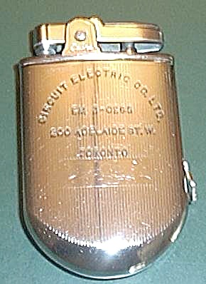 VINTAGE SABRE POCKET LIGHTER WITH TAPE MEASURE (Image1)