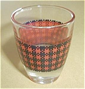 VINTAGE RED PLAID SHOT GLASS (Image1)