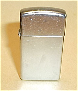 I ZIPPO I (1972) CHROME SLIM LIGHTER (Image1)