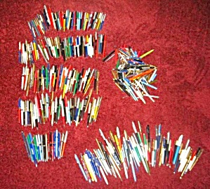 VINTAGE OLD PEN LOT FOR PARTS OR REPAIR (Image1)