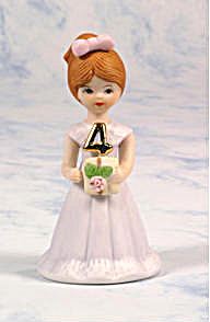ENESCO GROWING UP BIRTHDAY GIRLS AGE 4 BRUNETTE (Image1)