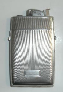 EVANS CASE WITH LIGHTER RE 19023 (Image1)