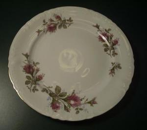 ROYAL ROSE 10 INCH PLATE JAPAN (Image1)