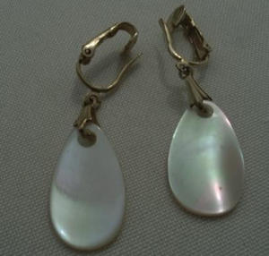 SARAH CONVENTRY MOTHER OF PEARL EAR RINGS (Image1)