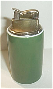 EVANS GREEN PORCELAIN TABLE LIGHTER (Image1)