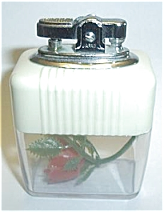 JAPAN VU CREAM/CLEAR ROSE TABLE LIGHTER (Image1)