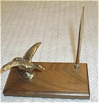 Click here to enlarge image and see more about item 7505: BRASS 7 WOOD GOOSE & PEN SET