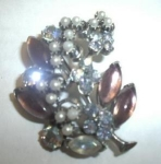 Click to view larger image of RHINESTONE & PEARL BROOCH (Image1)