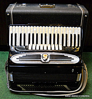 Giuletti F.94 120 Bass Vintage Piano Accordion