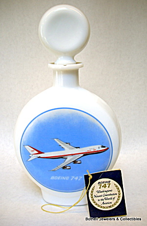 'Boeing 747' jet airplane whiskey decanter 1969 (Image1)