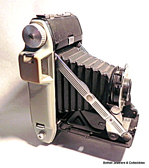 Kodak pocket folding vintage camera (Image1)