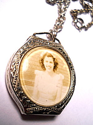 Antique watch case locket 'Carol 1948' (Image1)