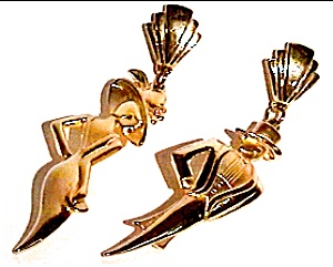 Man Woman gold plated 'JJ' earrings (Image1)