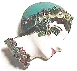 Handcrafted Woman's Face Pin (Image1)