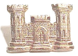 Vintage Army Engineers castle pin (Image1)