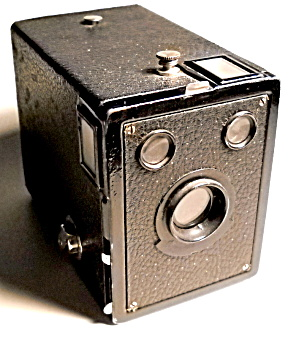 Vintage Kodak box camera (Image1)