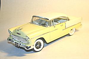 Chevrolet 1955 Belair 1/18 scale model car (Image1)