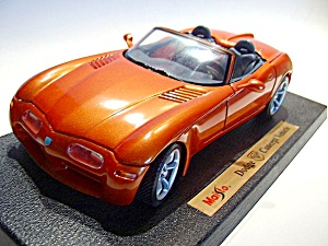 Dodge Concept Vehicle 1/18 scale diecast model car (Image1)