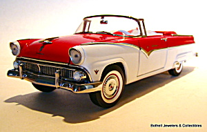 Franklin Mint 1955 Ford Sunliner 1/24 scale model car (Image1)