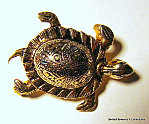 Turtle vintage silver tone brooch or pin (Image1)
