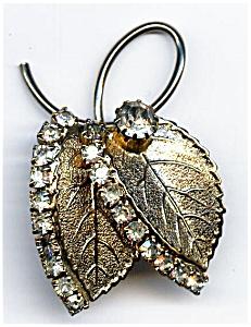Vintage leaf design rhinestone brooch or pin (Image1)
