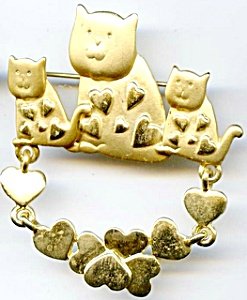 Cats and hearts gold plated brooch or pin (Image1)