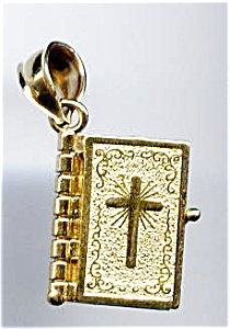 Bible with cross 14k yellow gold pendant or charm (Image1)