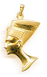 14K Yellow Gold Nefertiti Egyptian Puffed Pendant (Image1)