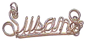 Susan Name Gold Wire Pendant (Image1)