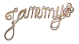 Tammy Name Gold Wire Pendant (Image1)