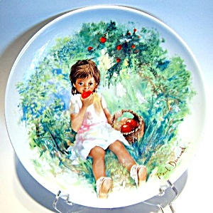 Limoges collector plate 'Marie-Ange' (Image1)