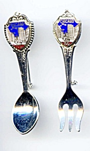 Chicago skyline spoon and fork brooch set (Image1)