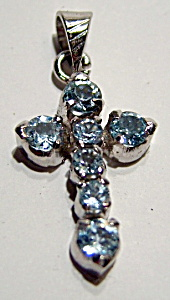 Blue topaz sterling silver cross pendant (Image1)