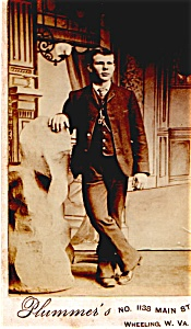 Young Man Standing vintage Carte de Visite photo (Image1)