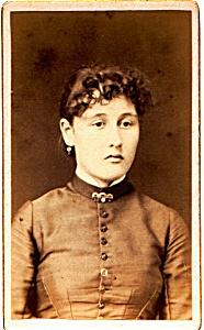 Young Woman vintage Carte de Visite photo (Image1)