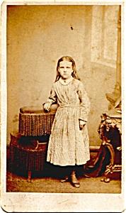 Young Girl vintage Carte de Visite photo (Image1)
