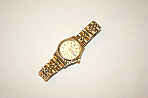 Citizen women's water resistant wrist watch (Image1)