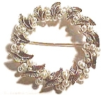 Click here to enlarge image and see more about item cjp32: Pearl design wreath style brooch or pin