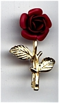 Click here to enlarge image and see more about item cjpbrdfl64: Red Rose design vintage gold plated brooch or pin