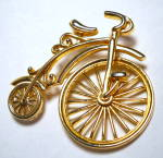 Click to view larger image of Vintage bicycle gold tone brooch or pin (Image2)