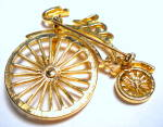 Click to view larger image of Vintage bicycle gold tone brooch or pin (Image3)
