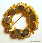 Click to view larger image of Circle design vintage gold tone rhinestone brooch (Image2)