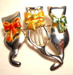 Click here to enlarge image and see more about item jcctbw1: Vintage Cats wearing bows brooch or pin