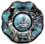 Click here to enlarge image and see more about item mcp9: Disney Collector Plate The Magic Kingdom
