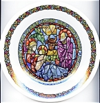Click here to enlarge image and see more about item pllimnoel77: Limoges Christmas plate 'Noel ... La Creche' 1976