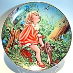 Click here to enlarge image and see more about item plsw83: Susan's World collector plate 1983