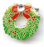 Christmas Wreath rhinestone pin brooch