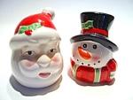 Click to view larger image of Vintage Santa & Snow Man salt & pepper set (Image1)
