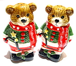 Click here to enlarge image and see more about item spscb1: Christmas Bears vintage salt and pepper shakers